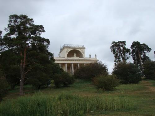 Храм Аполлона в Ледницко-Валтицком комплексе
