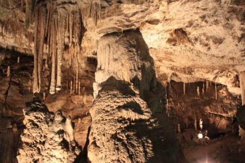 Сталагнат в Пункевных пещерах