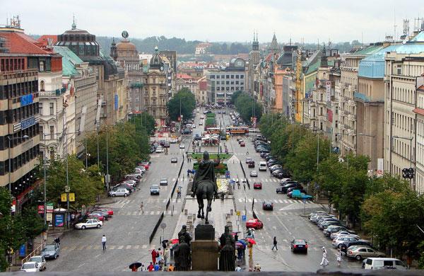 Вацлавская площадь, вид от Музея